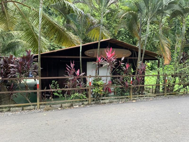 Remax real estate, Costa Rica, Hermosa Beach, Hermosa, Pacífica casa en el bosque, la llamamos la Casita del Río/ Beautiful  House in the Forest  La Casita del Río