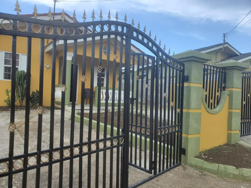 RE/MAX real estate, Jamaica, Falmouth, SAPPHIRE AVENUE Trelawny Falmouth