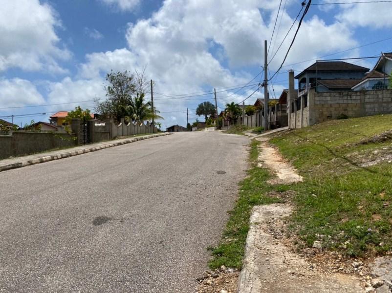 RE/MAX real estate, Jamaica, Montego Bay, RHYNE PARK VILLAGE St. James Montego Bay