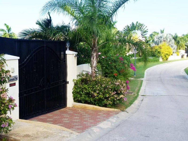 RE/MAX real estate, Jamaica, Montego Bay, The Greens St. James Montego Bay