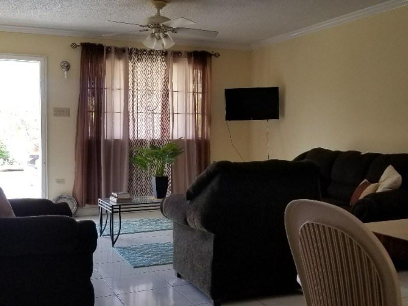 RE/MAX real estate, Jamaica, Montego Bay, Mango Walk St. James Montego Bay
