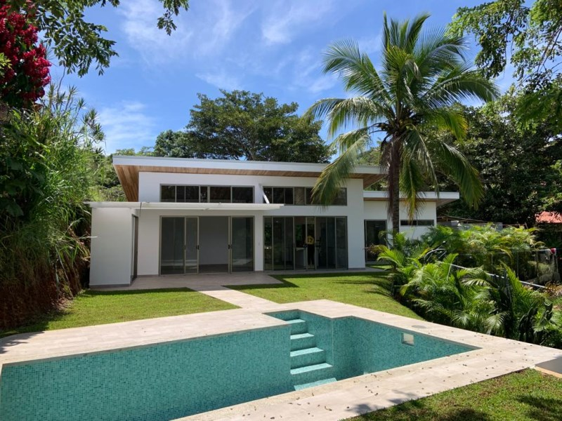 Remax real estate, Costa Rica, Atenas, New Brand Home!