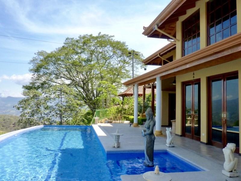 Remax real estate, Costa Rica, Atenas-Concepción, Beautiful property in Gated community