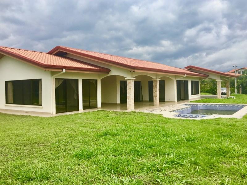 Remax real estate, Costa Rica, Atenas, New home in Roca Verde gated community