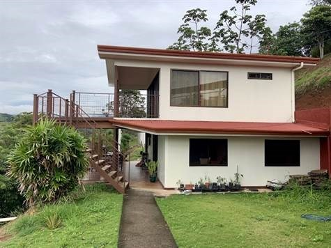 Remax real estate, Costa Rica, Atenas, House with two apartments for sale