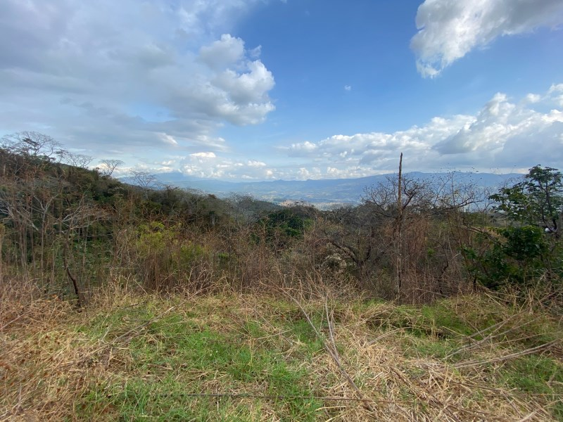 Remax real estate, Costa Rica, Atenas, Lot in gated community