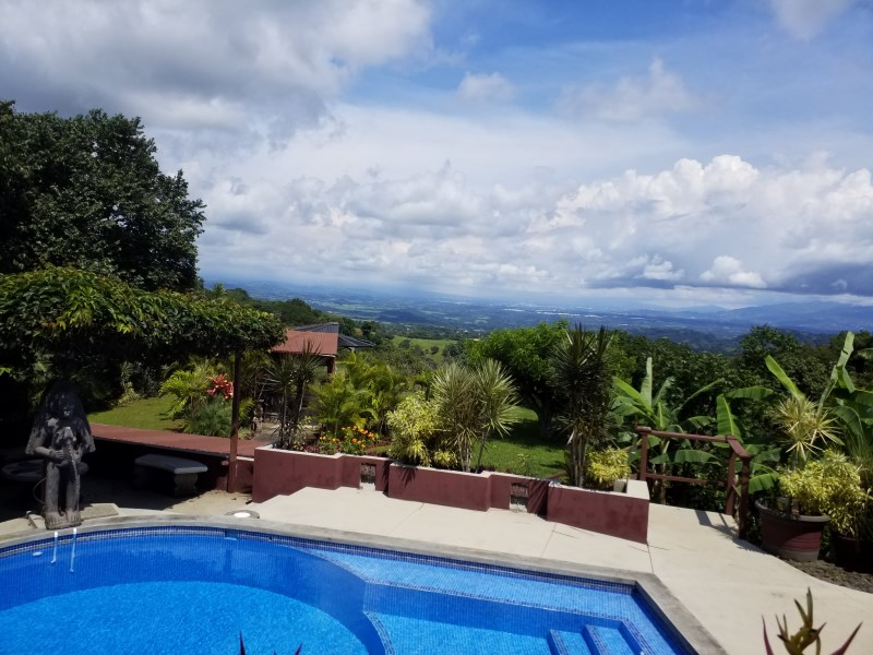 Remax real estate, Costa Rica, Atenas, Very well thought out and comfortably laid out home