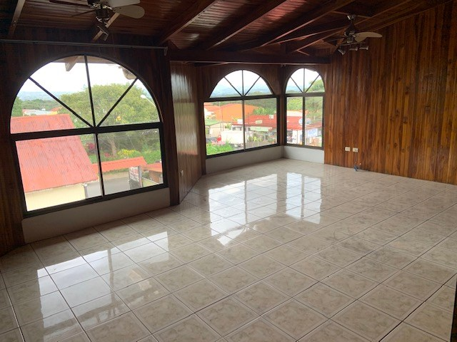 Remax real estate, Costa Rica, Atenas, 2 & 3 bedroom apartments in Atenas Center