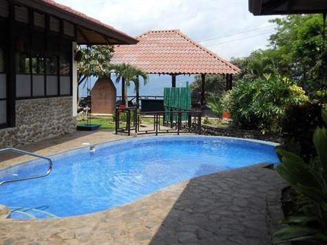 Remax real estate, Costa Rica, Atenas, Bali style home in exclusive community 5 min. from Atenas Center