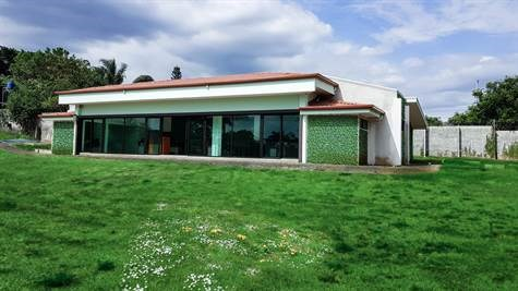 Remax real estate, Costa Rica, Alajuela - La Garita, Commercial/Office/Misc Space and home for rent on main home La Garita