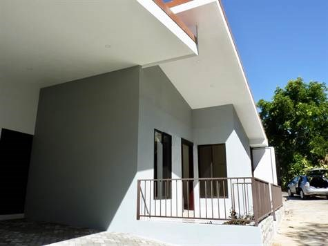 Remax real estate, Costa Rica, Atenas, Morazan, Atenas, Alajuela New modern home for rent!!