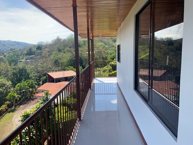 Remax real estate, Costa Rica, Alajuela, VERY affordable home with BIG BIG views in Atenas