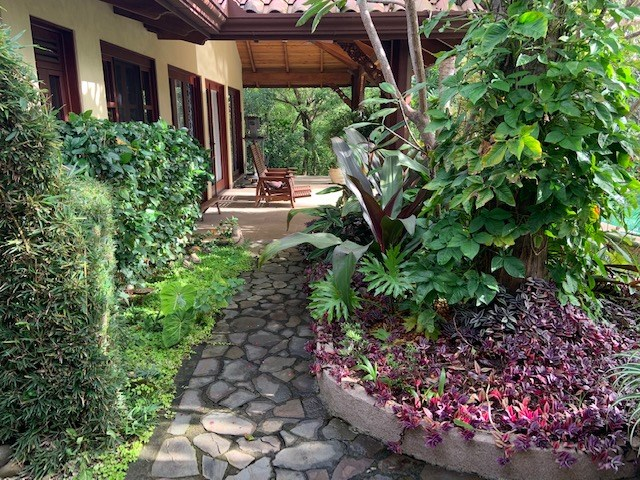 Remax real estate, Costa Rica, Jesús, Amazing Bali-inspired style home