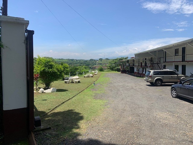 Remax real estate, Costa Rica, Atenas, Large appartement complex in Atenas for sale