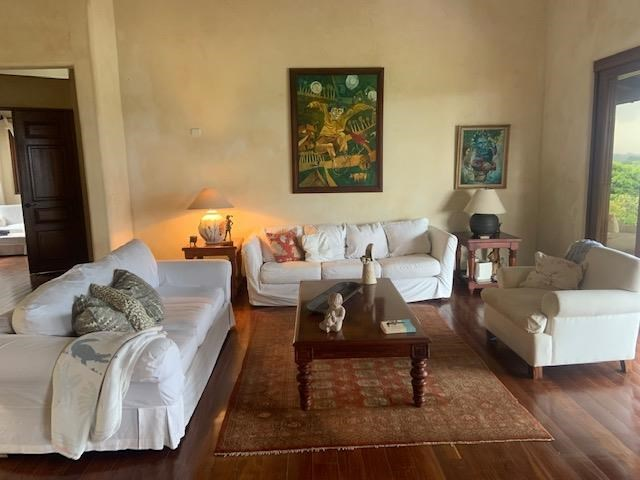 Remax real estate, Costa Rica, La Guacima, Beautifully designed home with views in Los Reyes
