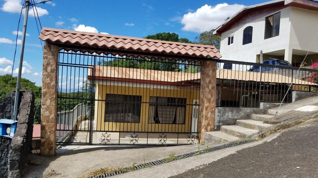 Remax real estate, Costa Rica, Grecia, Live in the beautiful city of Grecia