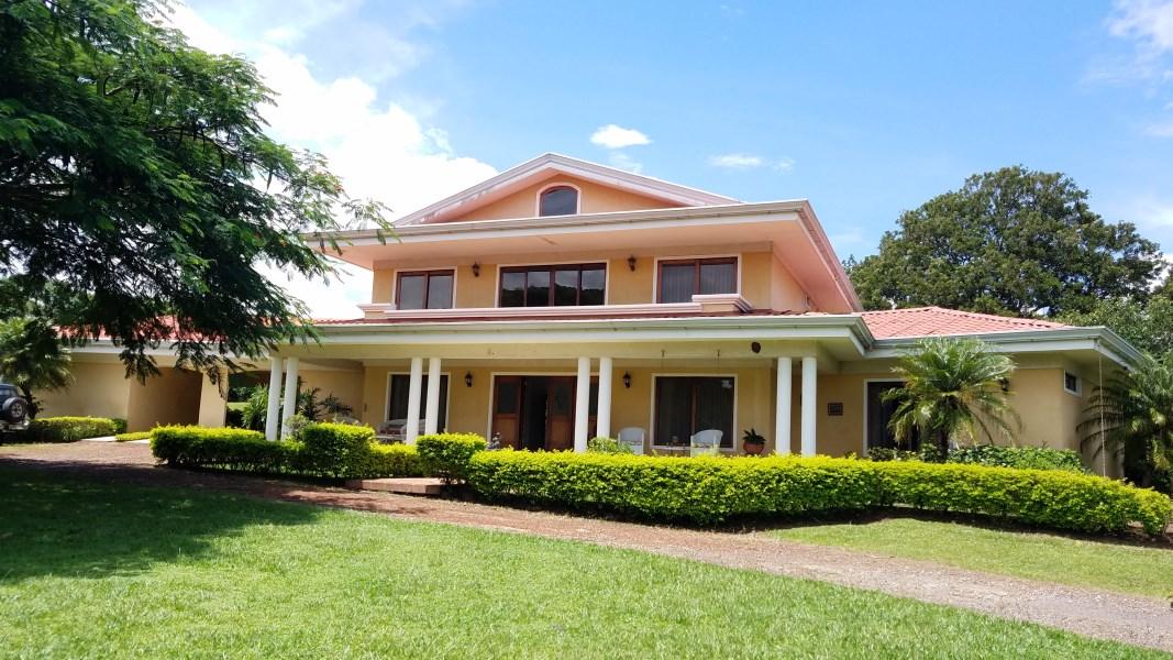Remax real estate, Costa Rica, Alajuela - La Garita, The perfect home for your family