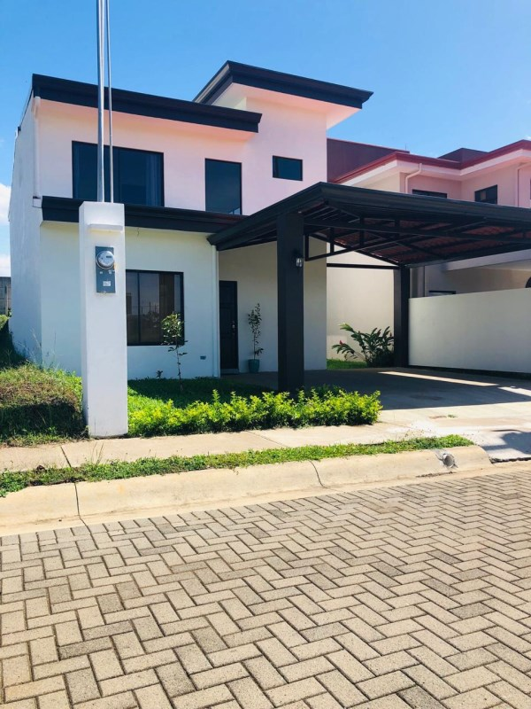 Remax real estate, Costa Rica, Grecia,  Comfortable, excellent location and an excellent price
