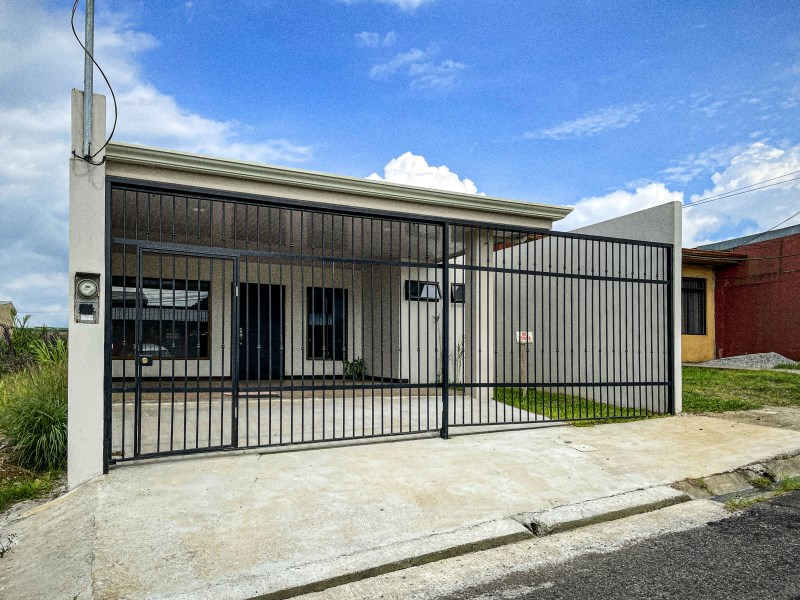Remax real estate, Costa Rica, San Ramon, House for sale in residential, San Ramon , Alajuela