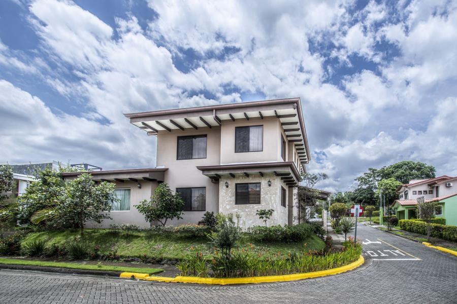 Remax real estate, Costa Rica, Grecia, House for sale in condominium Grecia , Alajuela, Costa Rica