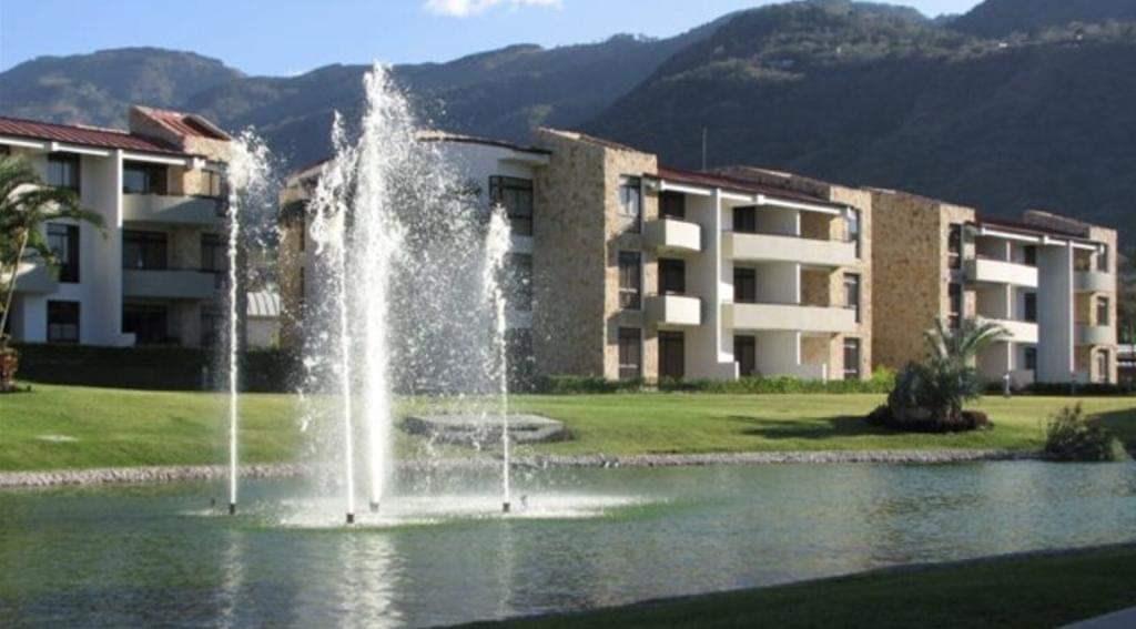 Remax real estate, Costa Rica, Santa Ana-Uruca, Avalon Country Apartment live in an exclusive Condo
