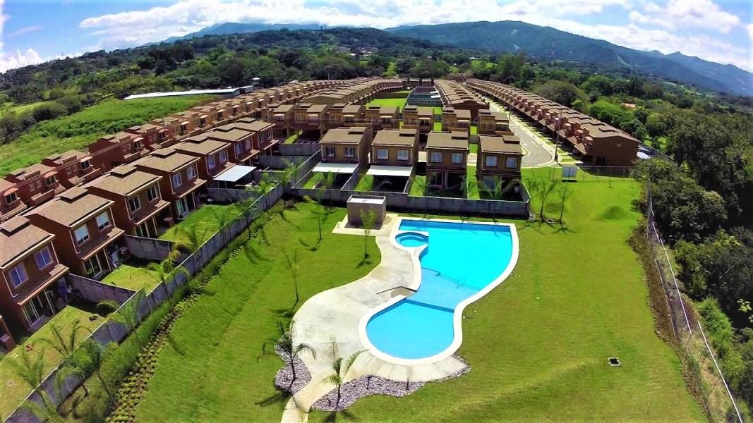 Remax real estate, Costa Rica, Alajuela, Dona Elsie Life Style