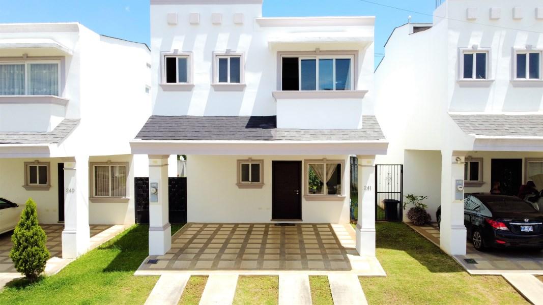 Remax real estate, Costa Rica, Alajuela - La Guácima, Natura Viva Condo, La Guacima