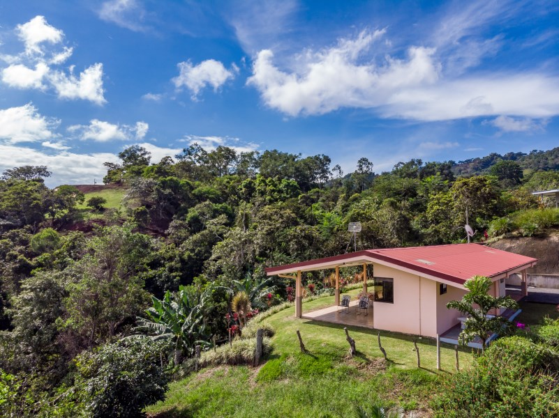 Remax real estate, Costa Rica, Puriscal-Barbacoas,  Fantastic opportunity on a two bedroom home set high in the beautiful mountains of Puriscal