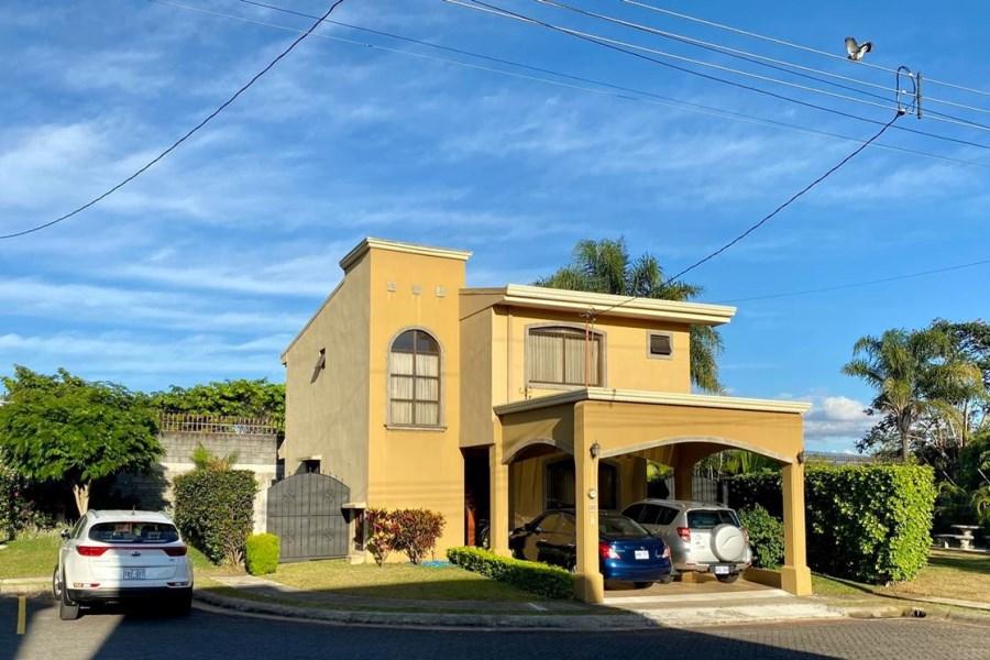 Remax real estate, Costa Rica, Heredia, Heredia - Se vende Casa En Condominio, San Francisco - Costa Rica