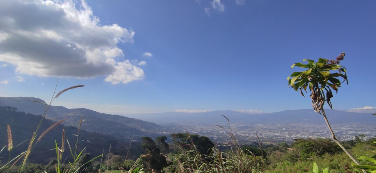 Remax real estate, Costa Rica, San Antonio, Beautifull Land in San Antonio de Escazu, Great views!!