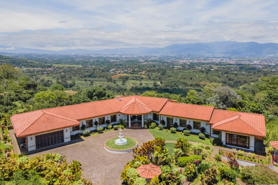 RE/MAX real estate, Costa Rica, Alajuela, SABANILLA HEIGHTS ESTATE