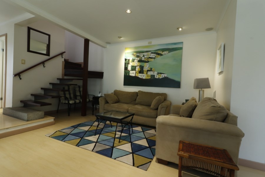 Remax real estate, Costa Rica, Escazú, Nice townhouse for rent in gated community in Escazu FURNISHED