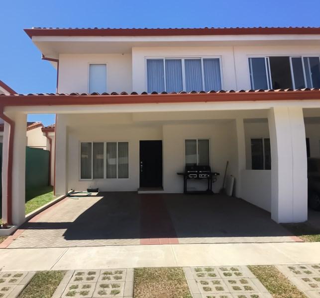 Remax real estate, Costa Rica, Mora - Ciudad Colón, Se alquila casa en Ciudad Colón. San José. Costa Rica.