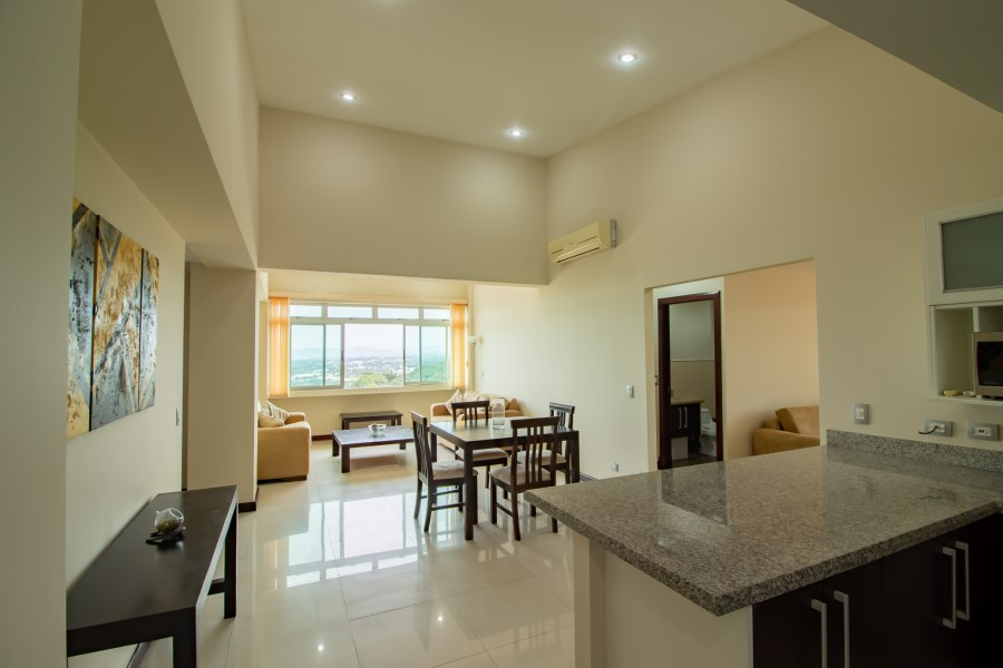 Remax real estate, Costa Rica, Escazú, For rent.  Furnished apartment. Escazú. Guachipelin