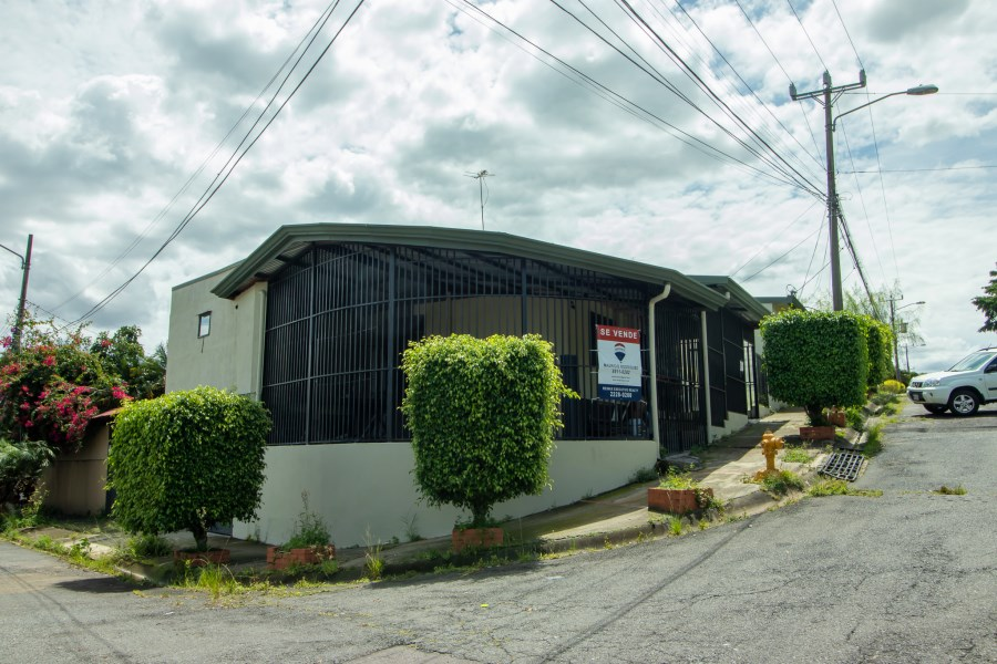 Remax real estate, Costa Rica, San Jose, Office space for sale. Pavas. Rohrmoser. Costa Rica