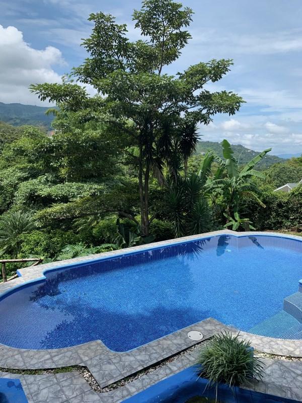 Remax real estate, Costa Rica, Santa Ana - Pozos - Alto de las Palomas, Fresh Air and Greenery with this secure Santa Ana Rental