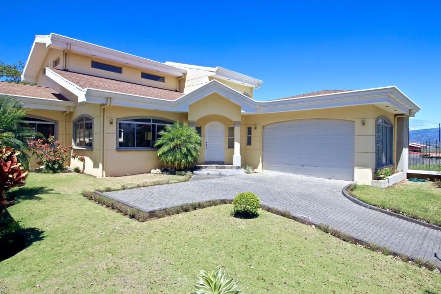 Remax real estate, Costa Rica, Santa Ana, American Colonial