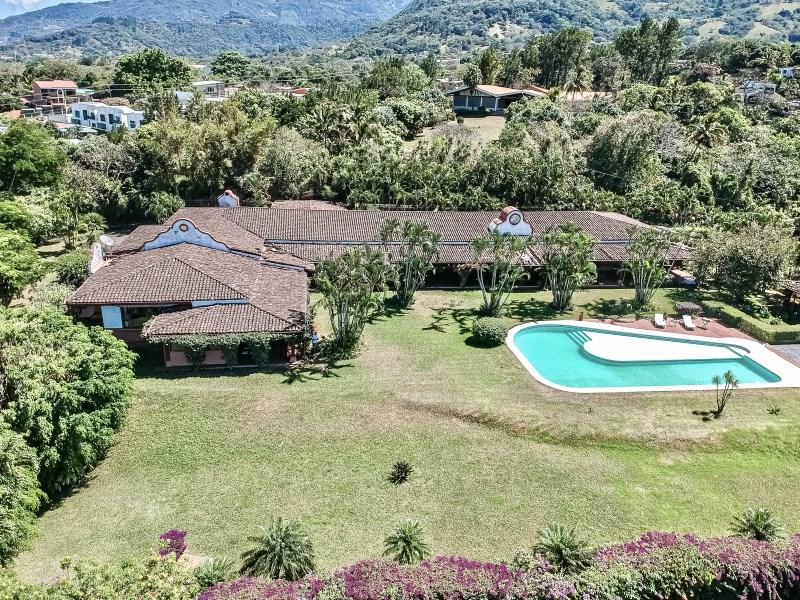 RE/MAX real estate, Costa Rica, Santa Ana, Venetian Oasis Estate