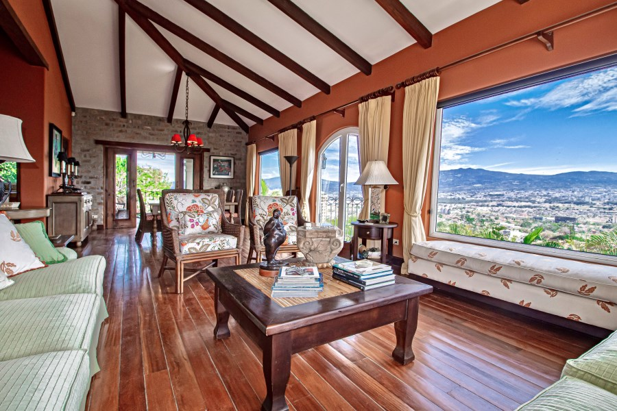 RE/MAX real estate, Costa Rica, Escazú - San Rafael de Escazú, Casa Aruba