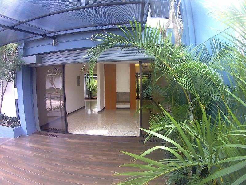 Remax real estate, Costa Rica, Curridabat - Barrio Freses, Local comercial en renta