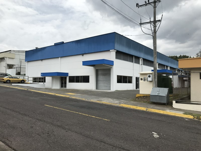 Remax real estate, Costa Rica, Heredia, Warehouse  For Rent . Located in Z Park,/ La Valencia Industrial Park.