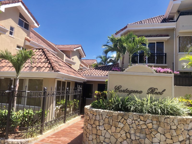 Remax real estate, Costa Rica, Escazú, Amplitude and comfort in one place