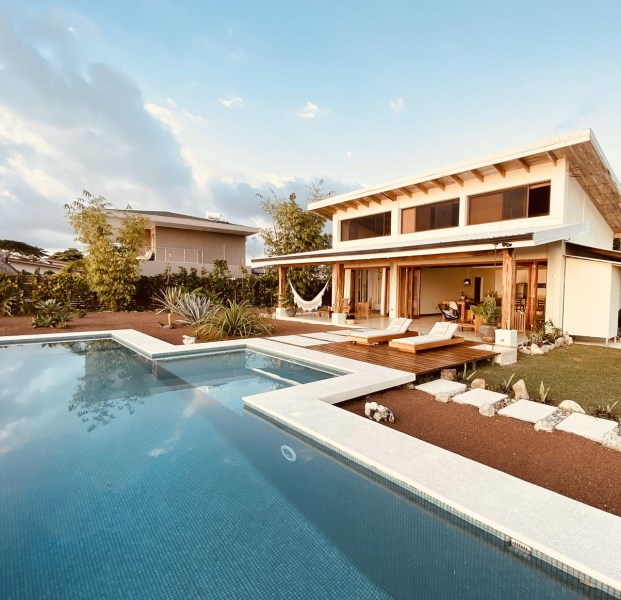 "Remax real estate, Costa Rica, Santa Teresa, Santa Teresa Ocean View Home & Guest ""Surf House"""