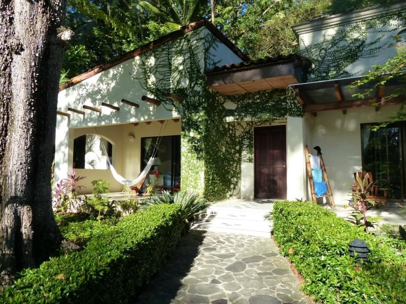 Remax real estate, Costa Rica, Playa Hermosa de Osa, Pristine Beachfront Resort & Villas