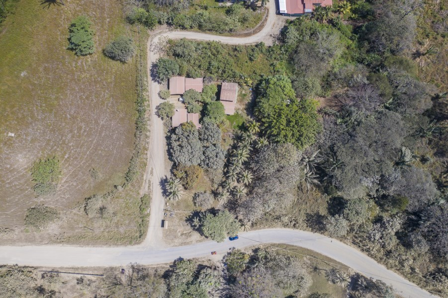 Remax real estate, Costa Rica, San Isidro, San Isidro Res./Comm. Lot - Close to Town!