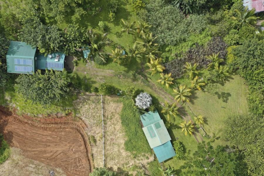 Remax real estate, Costa Rica, San Isidro, Exclusive! Spacious Farm & 2 bd. Home