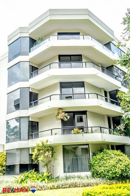 Remax real estate, Costa Rica, Escazú - San Rafael de Escazú - Barrio los Laurele, Apartment for rent in San Rafael de Escazu