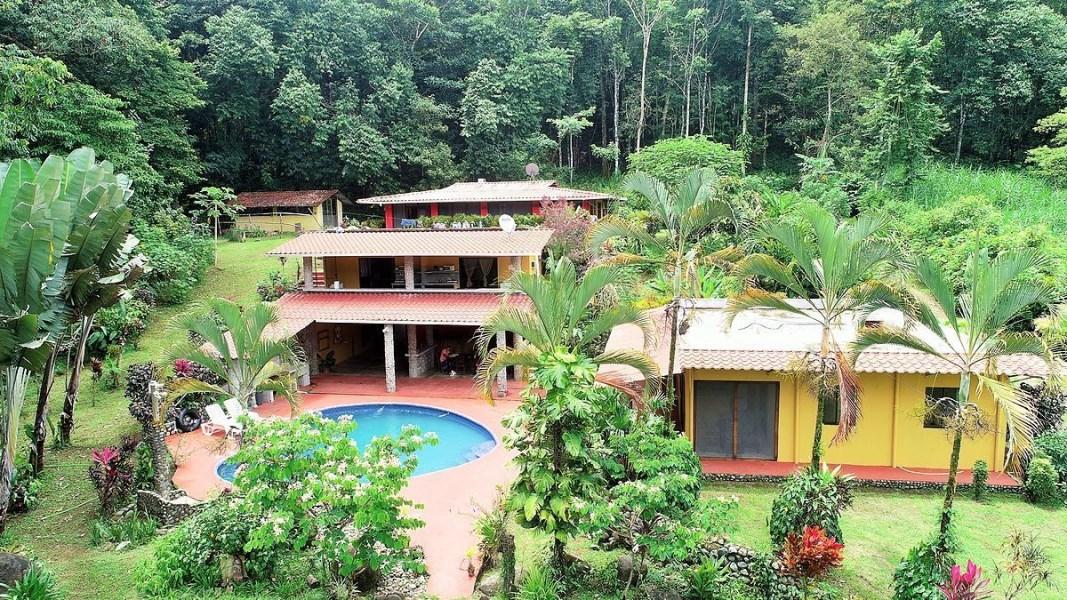 Remax real estate, Costa Rica, Tres Rios, TRES RIOS CABINAS .