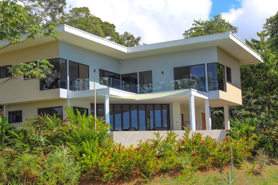 Remax real estate, Costa Rica, Uvita, Modern Home In Uvita With Stunning Whales Tail View