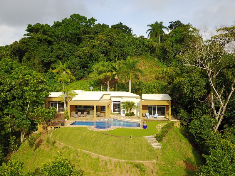 Remax real estate, Costa Rica, Laguna, Lagunas-Spacious Contemporary Design with Open Ocean View and Pool